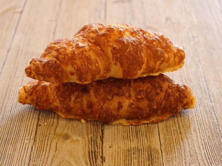 Beispielbild für Käsecroissant