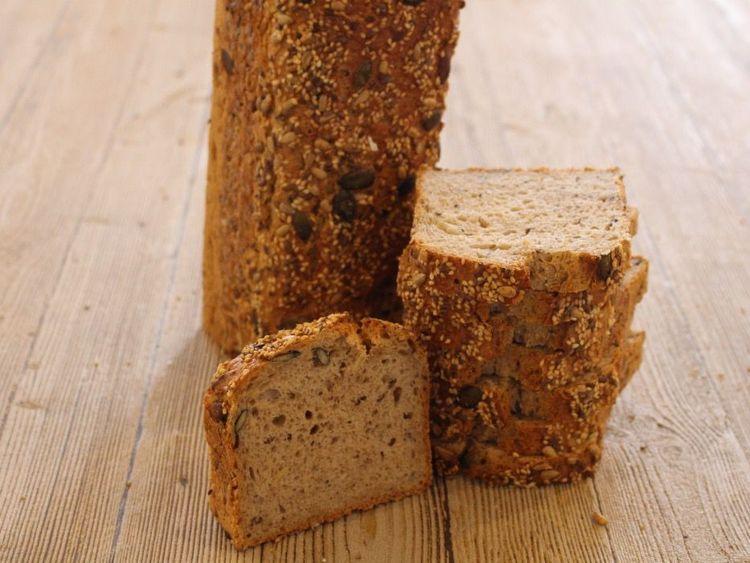 Beispielbild für Dreisaat-Quark-Brot