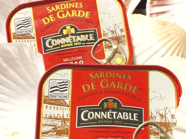 Beispielbild für Connétable - Sardines de Garde | À L'HUILE D'OLIVE VIERGE EXTRA | Jahrgangssardinen 2018