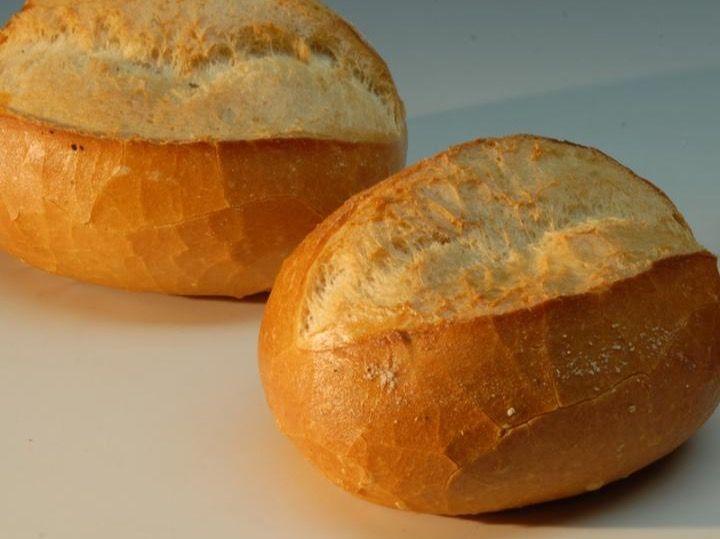 Beispielbild für Brötchen - Knackig, knusprig, ständig frisch gebacken!
