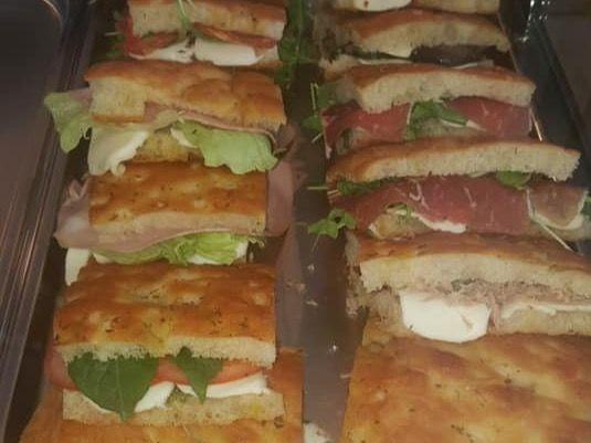 Beispielbild für Focaccia vom Grill in verschiedenen Varianten