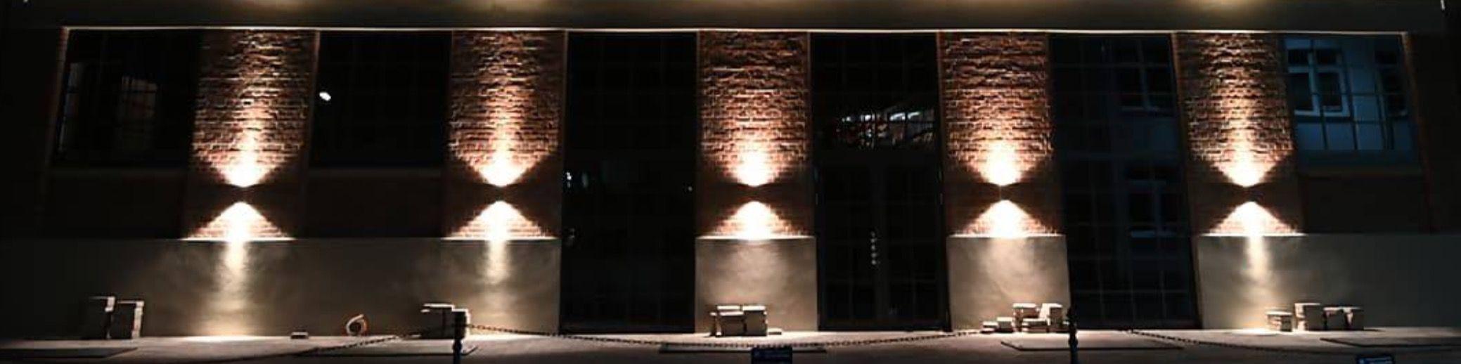 Titelbild von LES HALLES  –  LA PISCINE